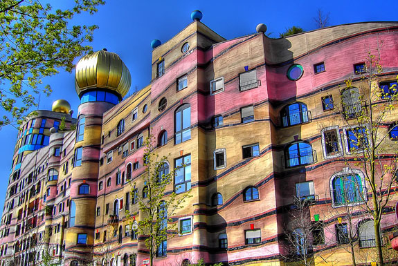 The Apartment Building Of 1 000 Different Windows