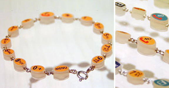 Geek Jewelry: Handy Bracelet
