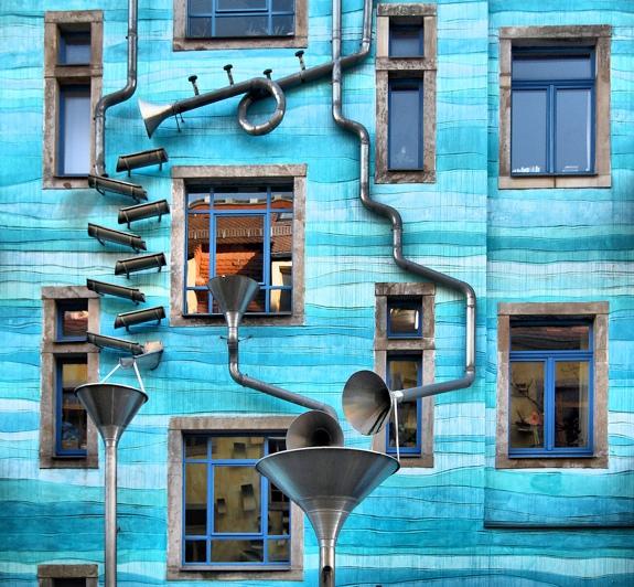 kunsthofpassage singing building cool architecture spot cool