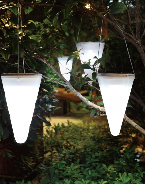 Backyard Lights Solar : Cool, Creative Backyard Lamps and Lights  Spot Cool Stuff Design