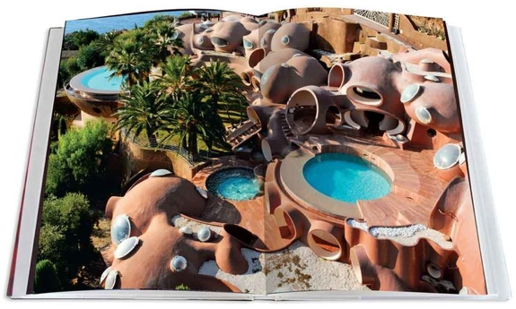 Palais Bulles of Pierre Cardin by Jean-Pascal Hesse book