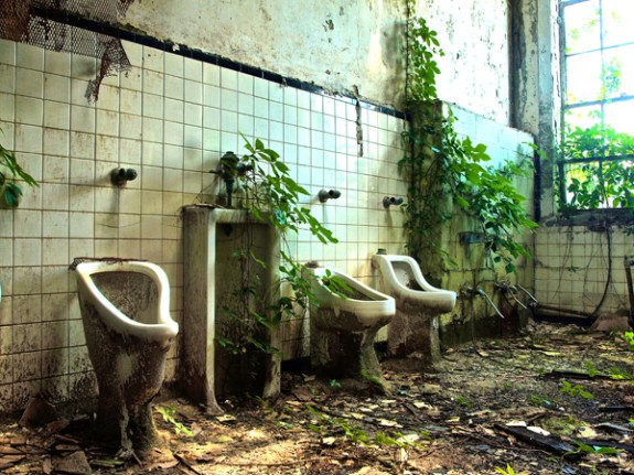 Abandoned bathroom